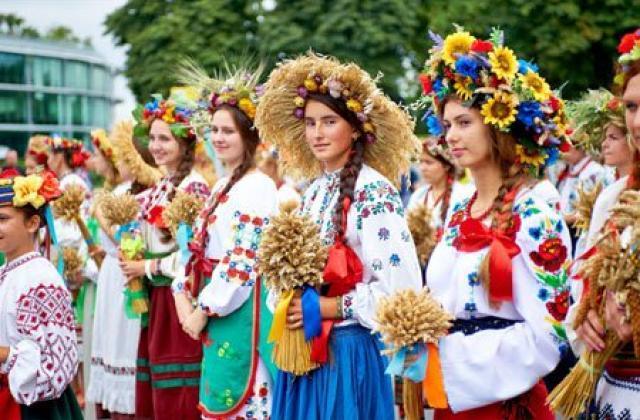 День вишиванки 2020 присвячується українській родині та родоводу